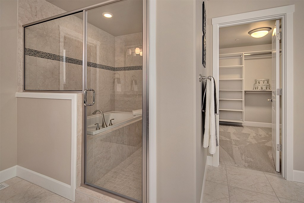 masterbathroom3_mls