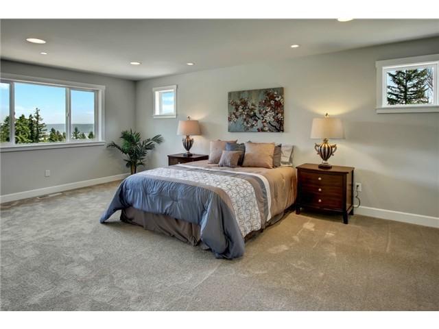 16 Master Bedroom