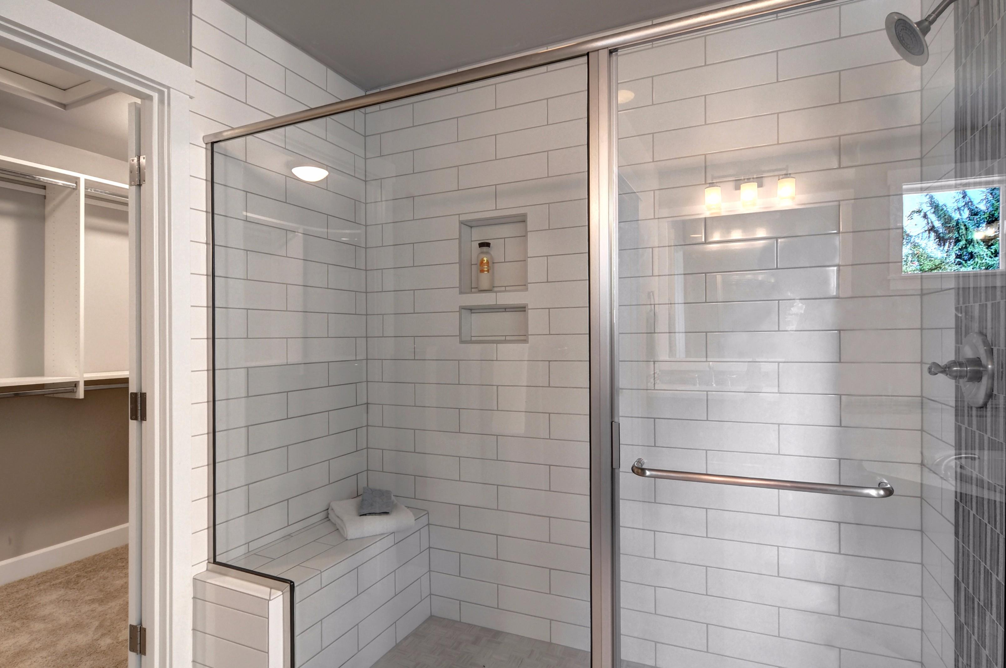 Master extra large shower